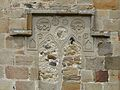 Messeix église reliefs chevet.JPG