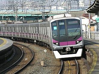 Tokyo Metro Hanzōmon Line - Image: Metro Series 08