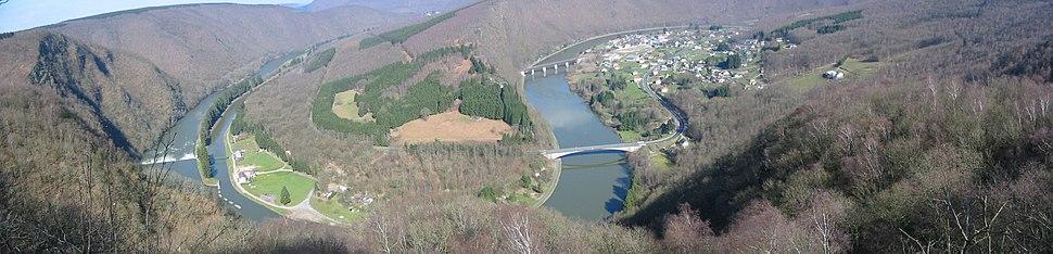 Річка Маас у французьких Арденах