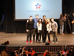 Michelle Obama with iCarly actors (standing).jpg