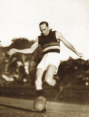 1937 Perth Carnival - Tassie Medalist Mick Cronin