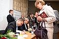 Ministru prezidenta VDombrovska un ekonomista A. Aslunda grāmatas atvēršana (5764629665).jpg