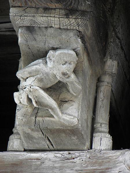 Maison des Consuls à Mirepoix (09). Corbelet sculpté.