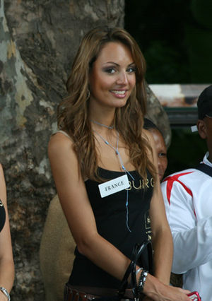 Laura Tanguy - Image: Miss France 08 Laura Tanguy