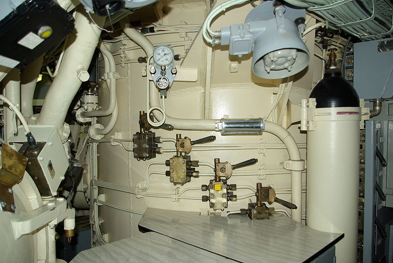 File:Missile silo Le Redoutable.JPG