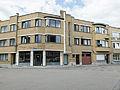 Modenistische huizen aan het Concienceplein in Leuven.jpg