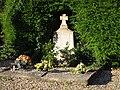 Monument aux morts - Cimetière de Jacob-Bellecombette, 2016.jpg