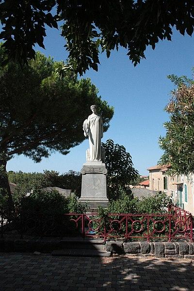 File:Monument aux morts de Servian 01.jpg