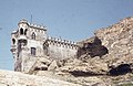 Moorish coastal fort. Limestone cliffs. Tarifa (37498540730).jpg