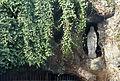 Mouscron, statue rue de la grotte J1.jpg