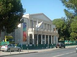 Municipal-theatre-nicosia.jpg
