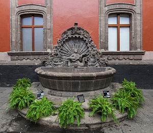 Museum of the City of Mexico - Fountain in the courtyard.