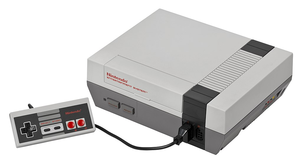 NES (by Evan-Amos, CC-BY-SA 3.0)