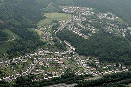 Fotoflug Sauerland Nord. Nachrodt-Wiblingwerde, Ortsteil Einsal mit Wohnplätzen Schmalsgotte und Obstfelderstall, Ruhr-Sieg-Strecke, Bundesstraße 236,...