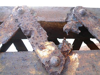 Pitting corrosion - Pitting on the Nandu River Iron Bridge