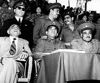 Sulayman Hafez - Hafez seated first from left. Next to him are Muhammad Naguib and Gamal Abdel Nasser, November 1952