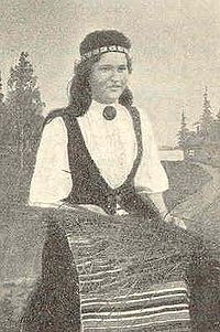 National costume from Jääski in Karelia 1900.jpg