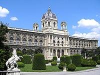 Naturhistorisches Museum Vienna June 2006 241.jpg