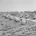 Nazareth Nieuwbouwwijk met terrassen tegen de helling van een heuvel met woning, Bestanddeelnr 255-3297.jpg