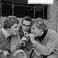 Nederlandse zwemkampioenschappen, Erica Terpstra, Ronnie Kroon en Klenie Bimolt, Bestanddeelnr 916-7445.jpg