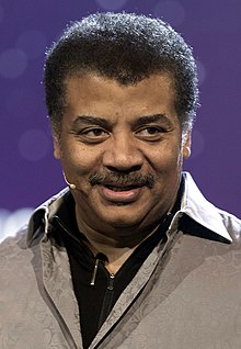 Neil deGrasse Tyson in June 2017 (cropped).jpg