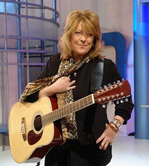 Nikki Hornsby - Nikki Hornsby on Spanish TV