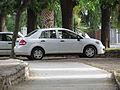 Nissan Tiida 1.6 Sedan 2011 (11039550165).jpg