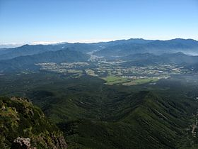 Nobeyama highland from Mt.Yatsugatake 01.jpg