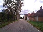 Fil:Norra porten i Lövstabruk.jpg