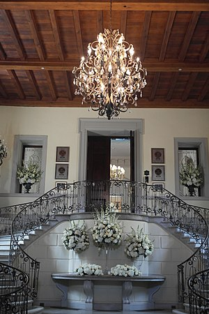 Oheka Castle - Main entrance and staircase