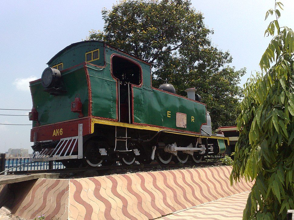 Old steam loco outside Howrah Junction