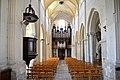 Orgue Parisot et nef de l'église Notre-Dame de Guibray à Falaise.jpg