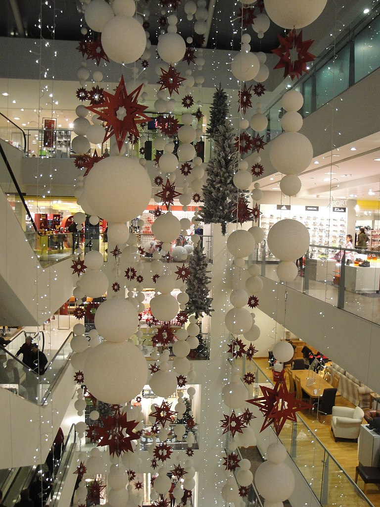 File:Oxford Street John Lewis store Christmas decorations ...
