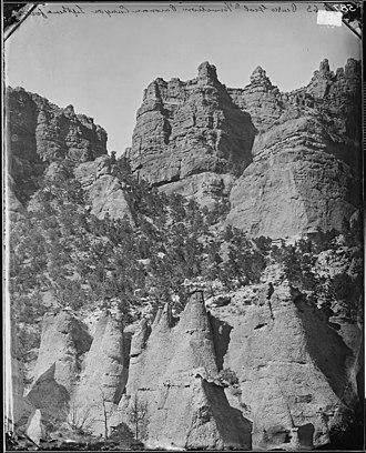 Black Mountains (Utah) - Image: PEAKS, GEOLOGIC FORMATION PAROWAN OR PAROVAN CANYON, LEFTHAND FORK, UTAH NARA 524355
