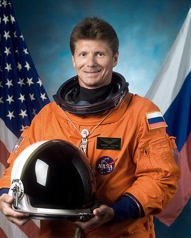 Cosmonaut Gennadi Padalka, representing Rosaviakosmos, NASA photo JSC2002-E-41983 (15 August 2002)Source: Wikipedia (spaceflight.nasa.gov killed 25 Feb 2021) 384px-Padalka.jpg