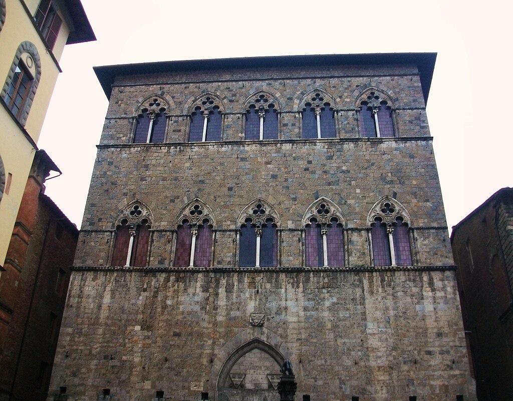 Palazzo Tolomei, Via Banchi di Sopra, Siena