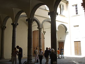 Palazzo Rucellai - The courtyard