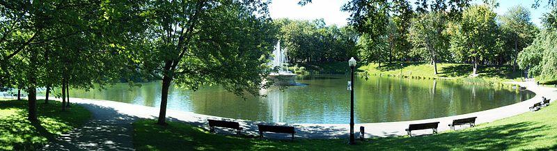 Montréal - Page 2 800px-Parc_La_Fontaine_24