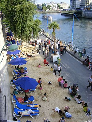 English: A view of the Paris Plages 2009