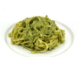 Pesto - Linguine with basil pesto