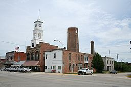 Paxton Illinois Market and Center.jpg