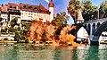 Pedro Meier Rauch Performance »Smoke On The Water«, Installation 2018, mitten auf der Reuss, Bremgarten Aargau, Altstadt, Obertor, Eisenbahnbrücke, Katzenturm, Photo © Pedro Meier Multimedia Artist.jpg