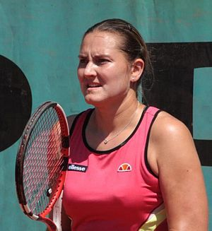 English: Nadia Petrova at 2009 Roland Garros, ...