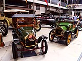 Peugeot und Le Zebre at Autoworld25.jpg