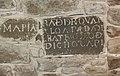 Piedra tallada encontrada durante la restauración del local de pendonistas de Albares de la Ribera.jpg