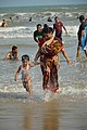 Playful Mother and Child with Sea Waves - New Digha Beach - East Midnapore 2015-05-01 8726.JPG