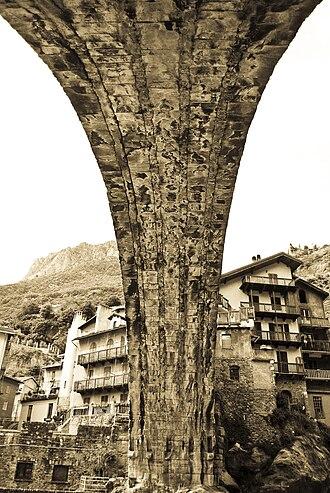 Roman bridge - Pont-Saint-Martin Bridge, Italy