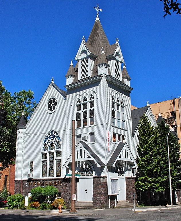 Ordinary Churches In Beaverton #1: 631px-Portland_Korean_Church_%28Oregon%29_in_2011.jpg