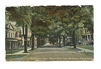 Middletown, Connecticut - Looking South on Broad Street from Washington Street, 1910 postcard