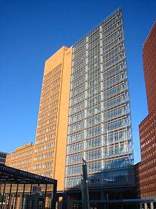 Potsdamer Platz - PricewaterhouseCoopers, 20060603 2